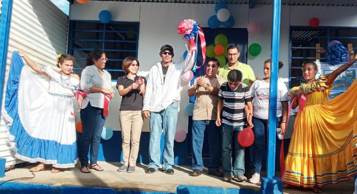 Entregan vivienda 343 en Villa Libertad