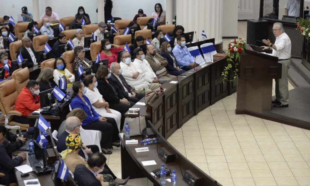 Diputados aprueban préstamo para atender la COVID-19
