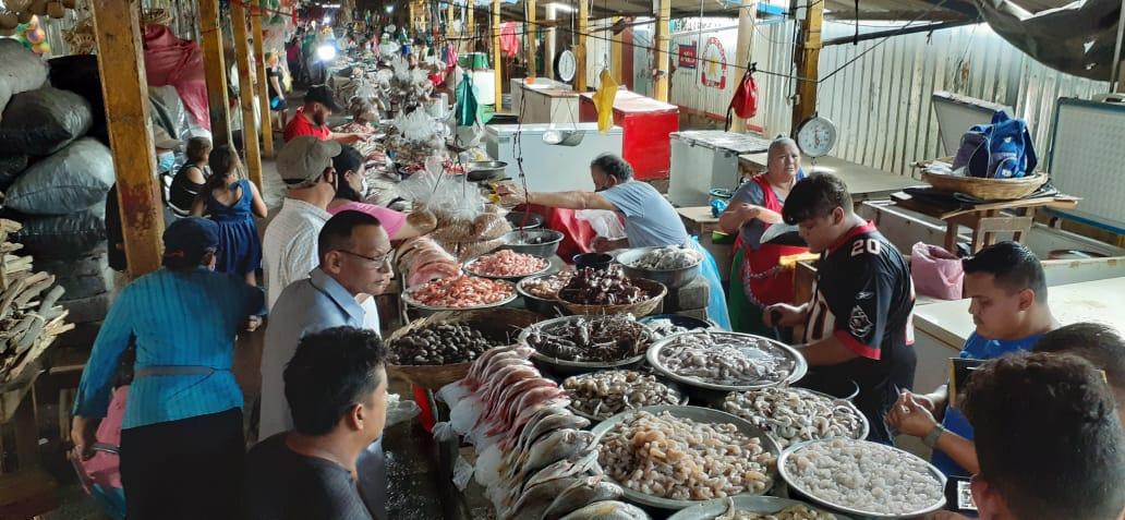 Baja el precio de mariscos y pescados en mercados de Managua
