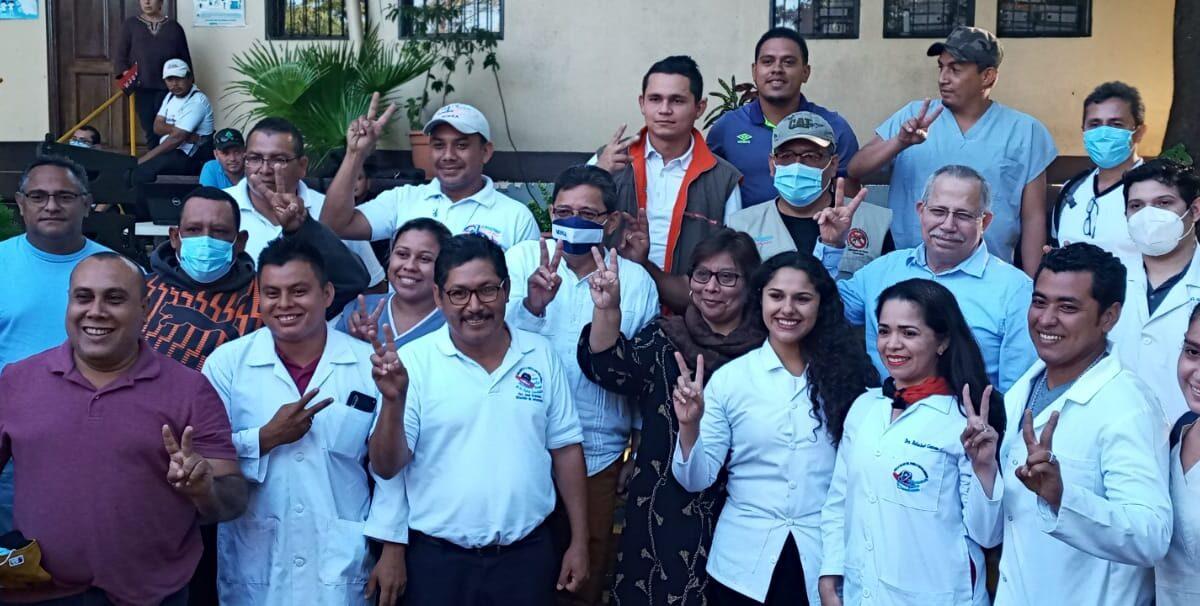 Médicos retornan a Managua luego de atender a la población de la Costa Caribe