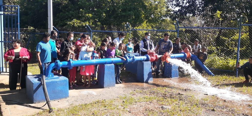 Comunidad Los Rugama del distrito 3 de Managua, tiene nuevo pozo de agua potable