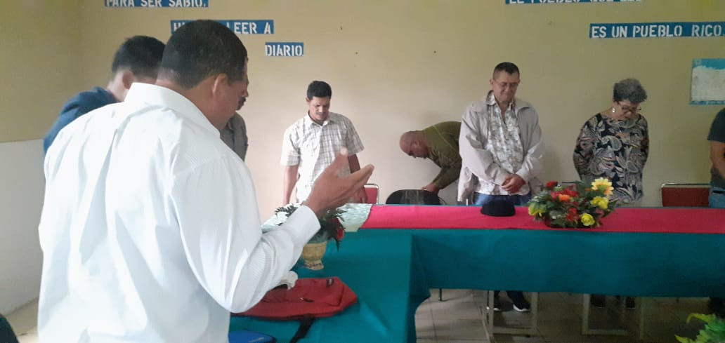 Autoridades realizan compartir con pastores evangélicos caraceños