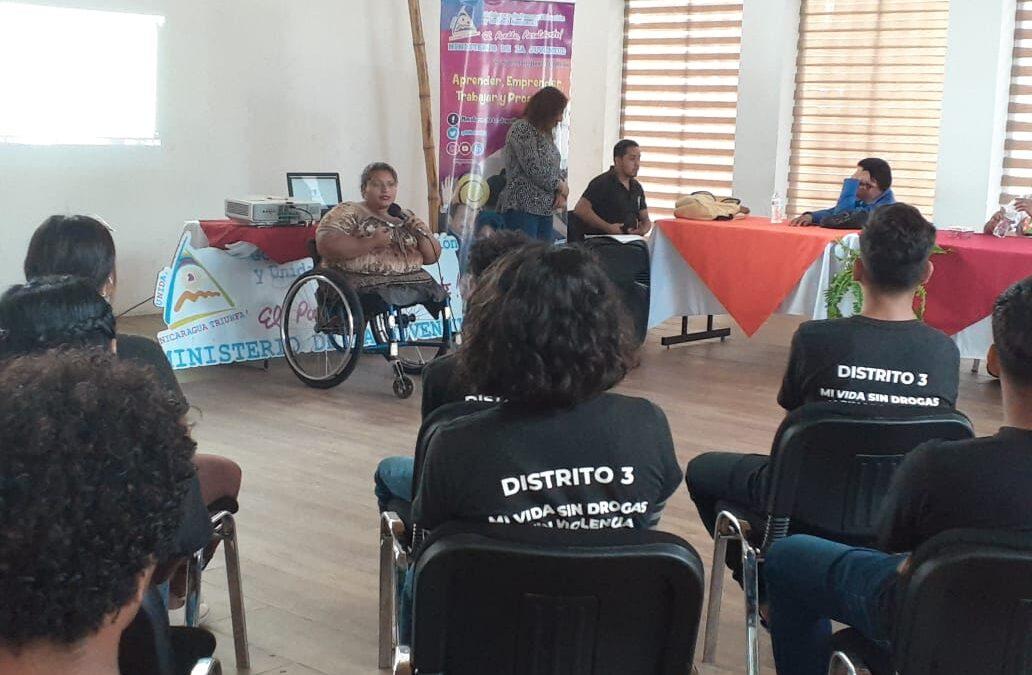Jóvenes emprendedores con discapacidad comparten sus experiencias y logros