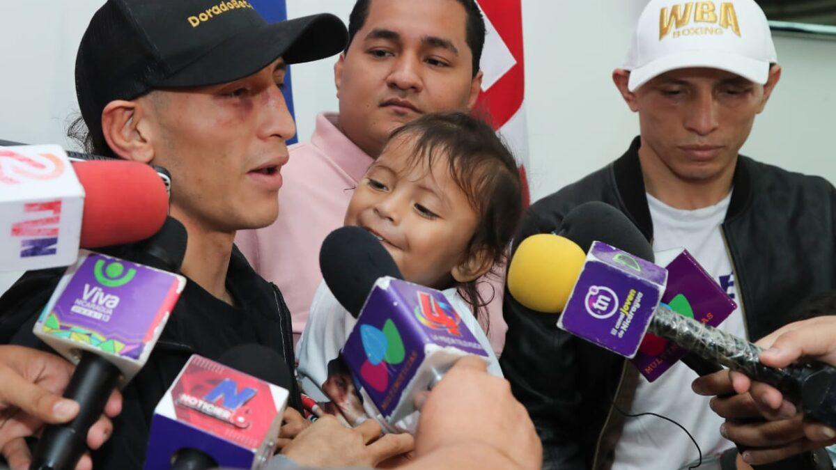 Gemelos Alvarado retornan a suelo nicaragüense