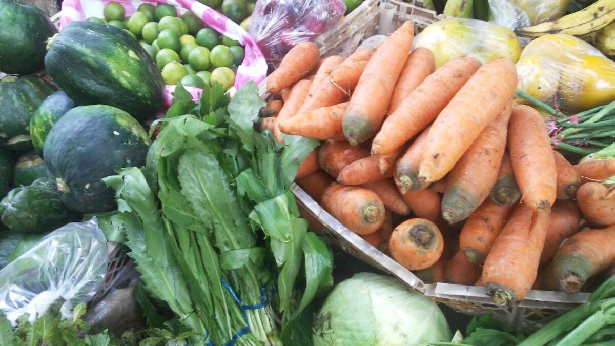 Ventas de pollo y verduras tuvieron excelente demanda