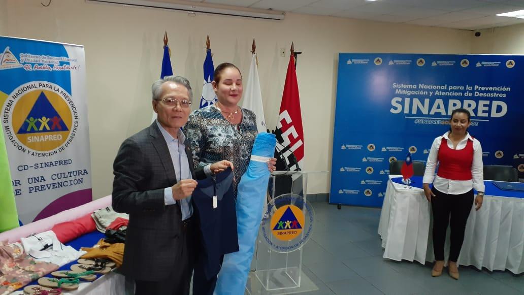 Taiwaneses realizan donativo de artículos personales a nicaragüenses