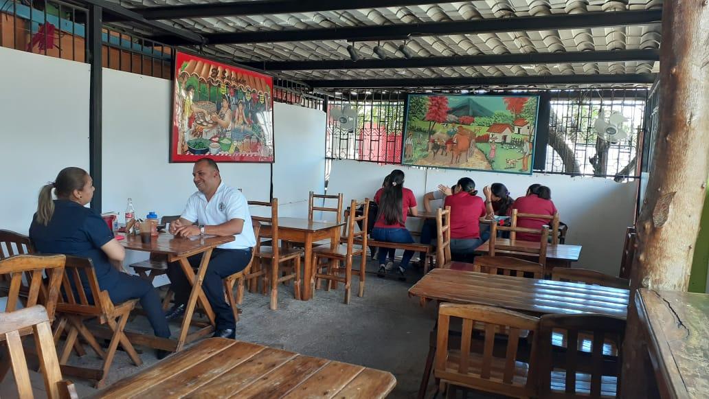 """Pupusería """"Los Cheros"""", 10 años deleitando con el sabor salvadoreño a los nicaragüenses"""