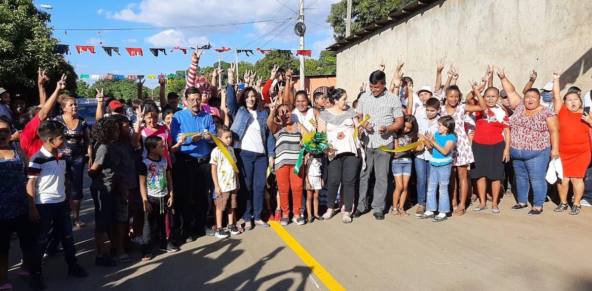 Inauguran mejoramiento vial en el Barrio Sol de Libertad