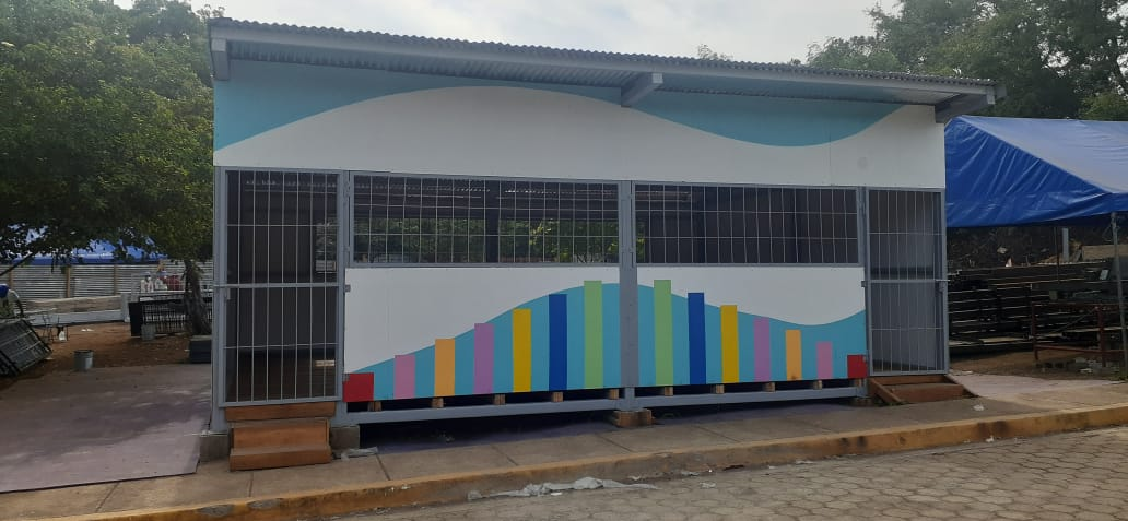 Trasladan primeras aulas prefabricadas al Caribe Norte