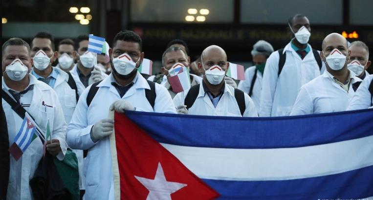 Gobierno de México agradece a médicos cubanos por ayuda durante la pandemia