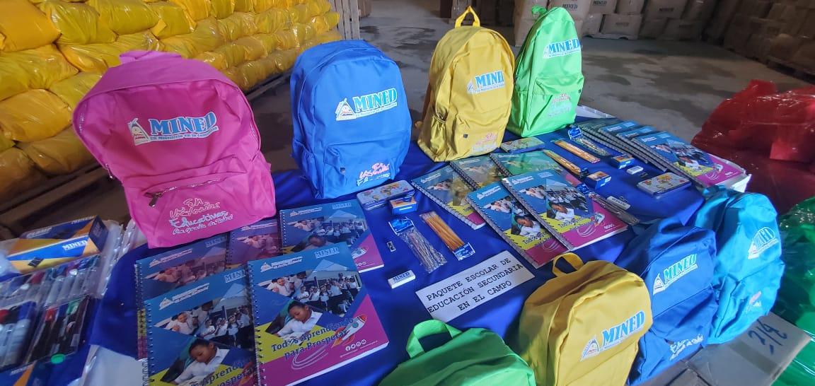 Un millón de paquetes escolares se distribuirán en el país