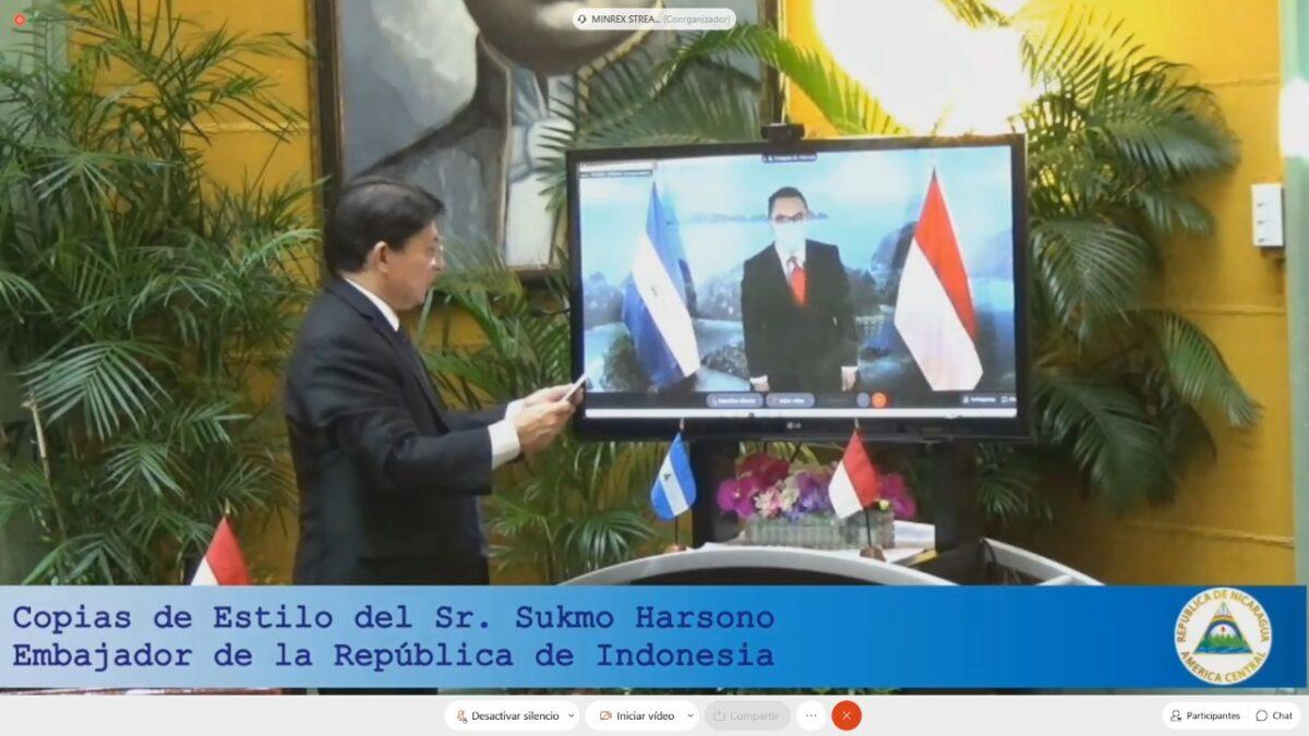 Embajador de Indonesia presentó sus Copias de Estilo