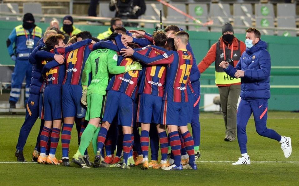 El Barcelona sin Messi, pasa a la final de la Supercopa