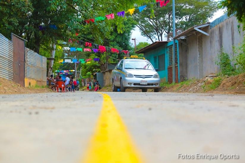 12 cuadras de calles asfaltadas fueron inauguradas en el barrio 14 de Mayo