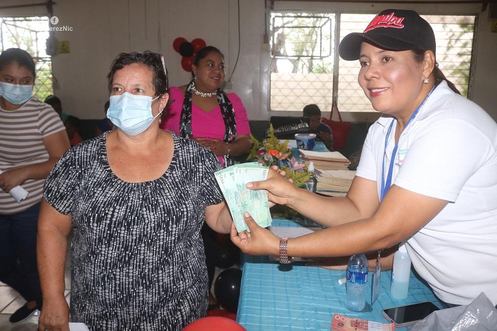 Casi 4 millones de córdobas en crédito a pequeños negocios en Managua