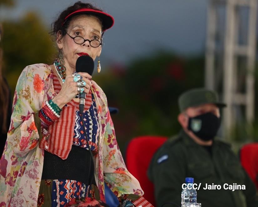 Rosario Murillo: Batallamos para vencer la pobreza con amor