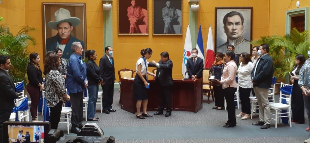 Otorgan orden José de Marcoleta, a diplomática saliente del JICA
