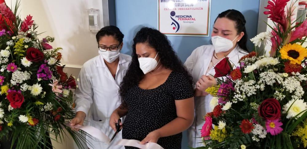 Inauguran clínica materno fetal en el hospital Fernando Vélez Paíz