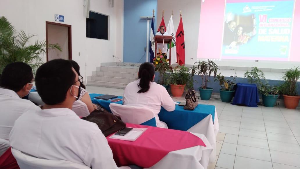 Ginecobstetras participan en Congreso Internacional  de Salud Materna