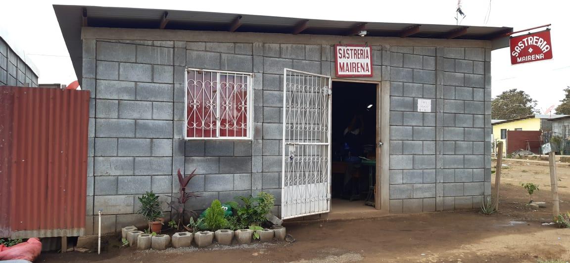 Crecen negocios familiares en viviendas Bismarck Martínez de Managua