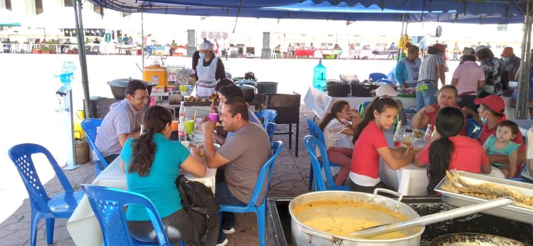 Reportan buenas ventas en Feria del Mar