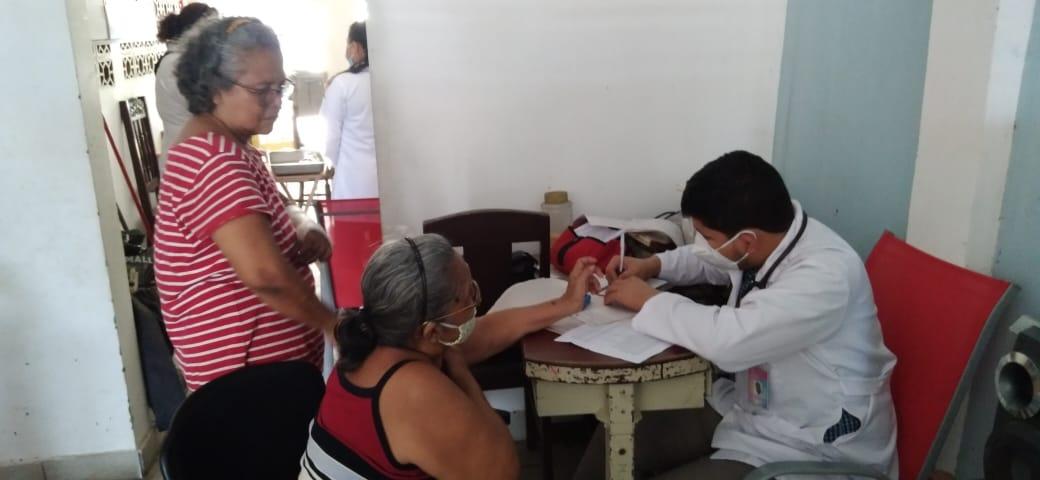 Hospital en la comunidad llega hasta el barrio Monseñor Lezcano