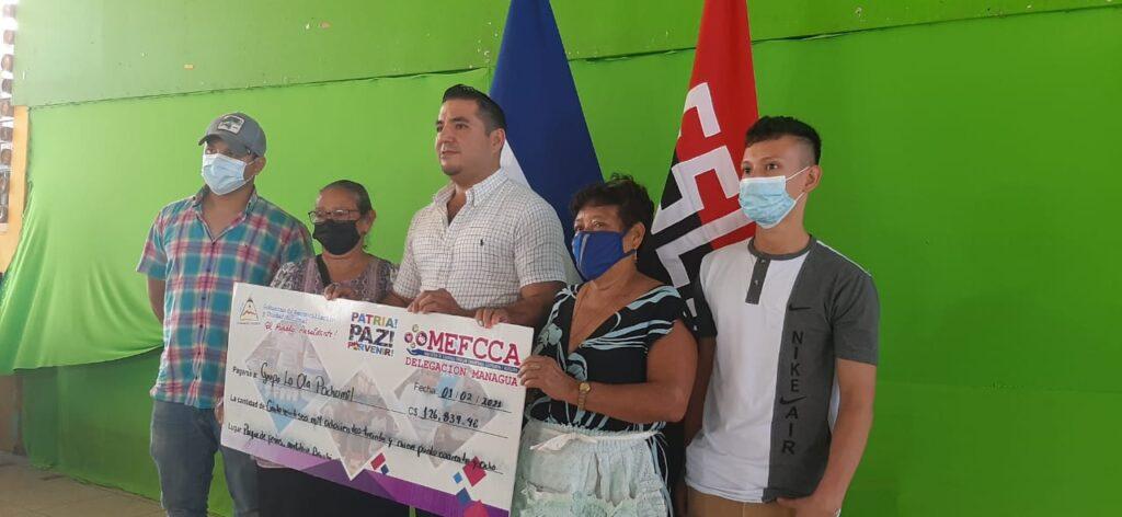 Emprendimientos turísticos de Pochomil reciben microcréditos