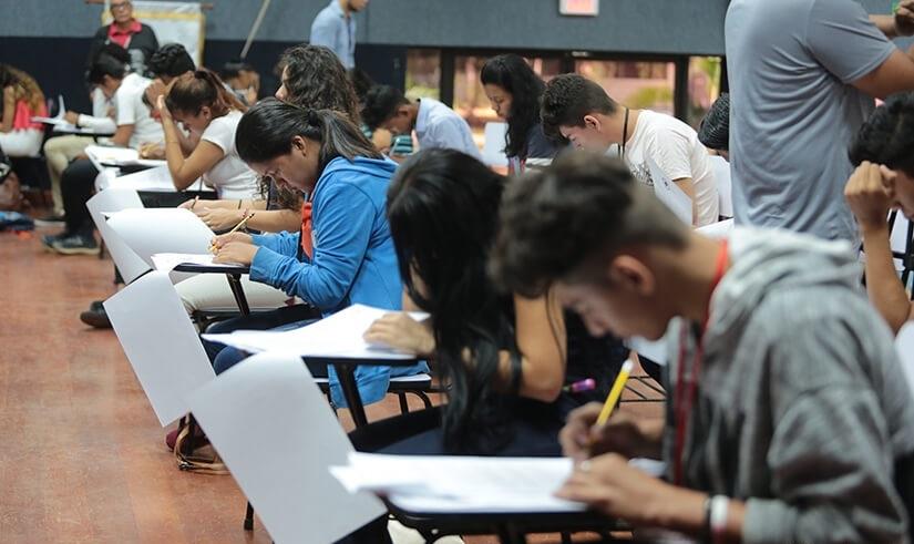 Más de 11 mil estudiantes aprueban examen de admisión de la UNAN