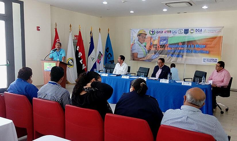 Nicaragua desarrolla encuentro con trabajadores portuarios