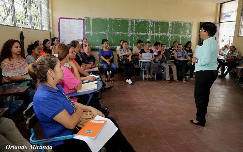 Educadores de Nicaragua actualizan conocimientos pedagógicos