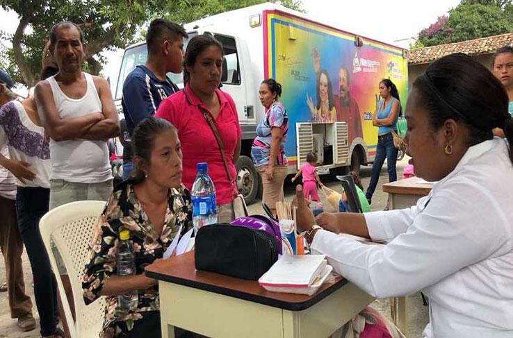 600 ferias de salud se desarrollarán en Semana Santa