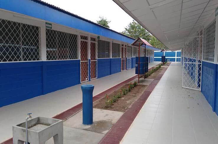 Gobierno continúa mejorando infraestructura escolar