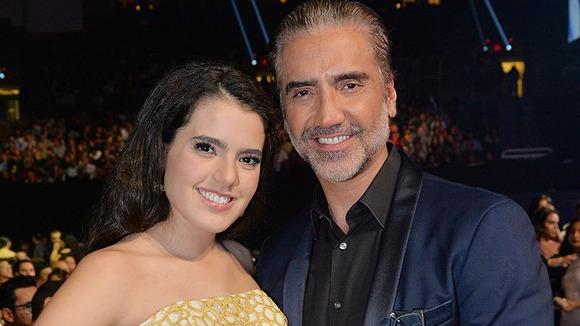 Hija de Alejandro Fernández sufre complicaciones en su embarazo