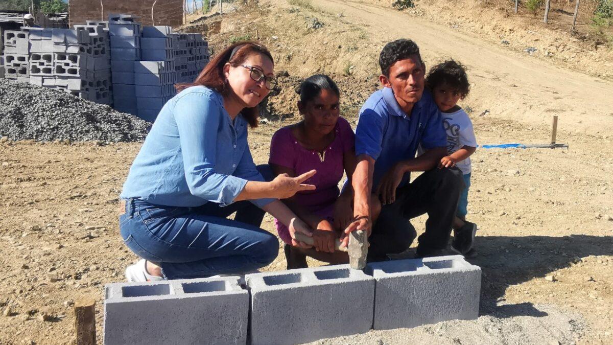 Primera piedra de viviendas de interés social es en homenaje a Hugo Chávez Frías en Ocotal