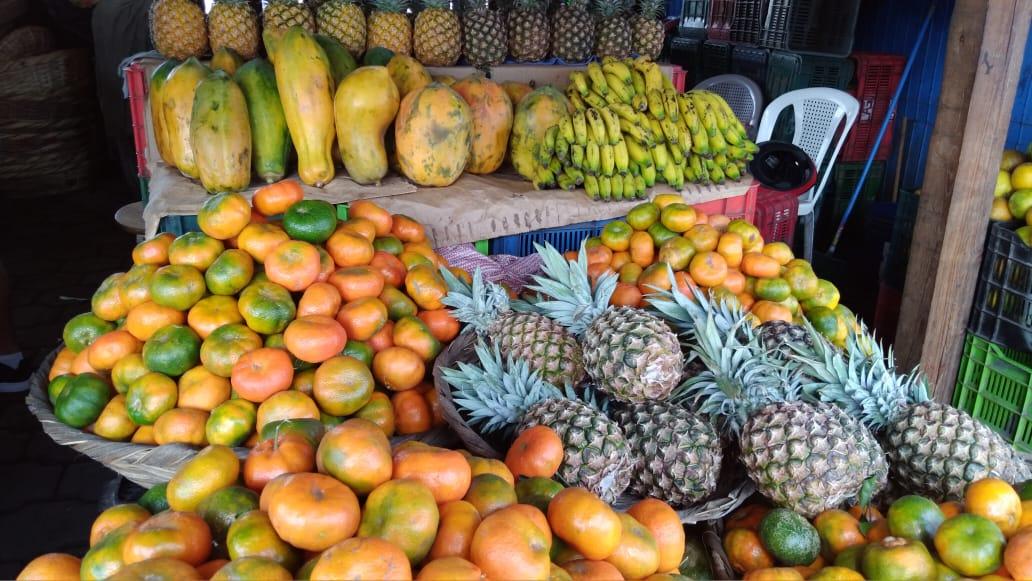 Frutas y verduras a precios estables y en abundancia en mercado Mayoreo