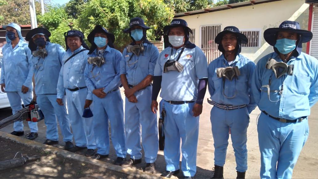Habitantes del barrio Concepción de María reciben a los brigadistas de salud