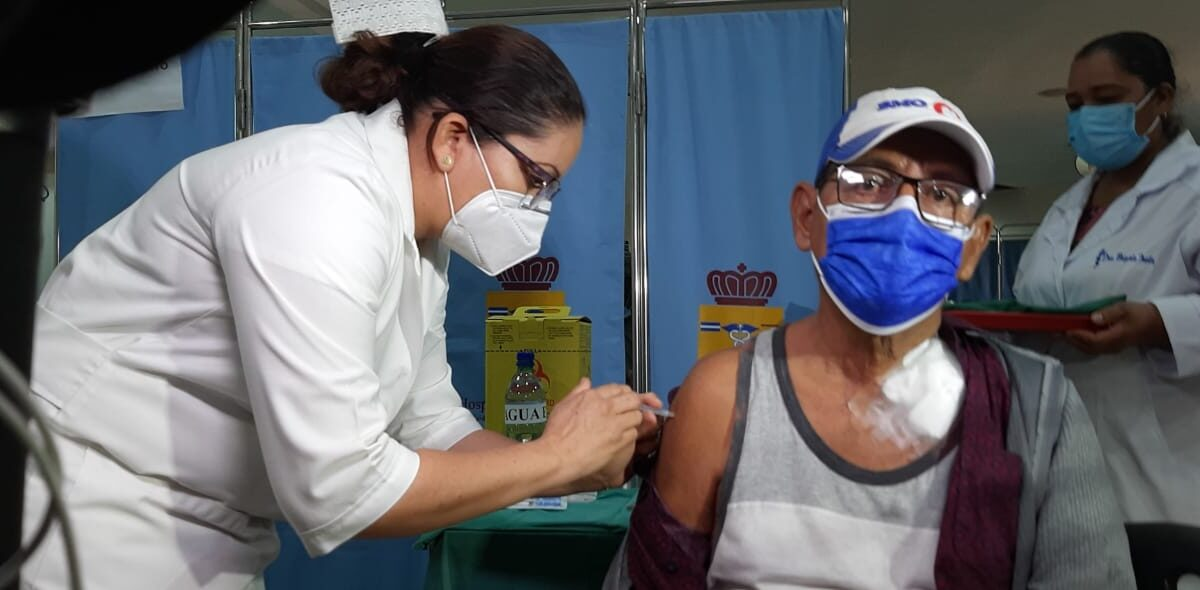 Continúa proceso de vacunación voluntaria contra la COVID-19 en Nicaragua