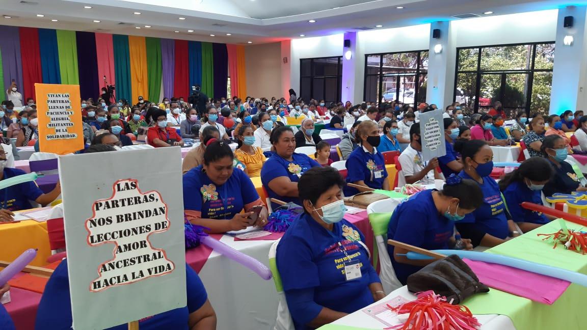 Más de 7 mil parteras ayudan a prevenir muertes maternas fetales en Nicaragua