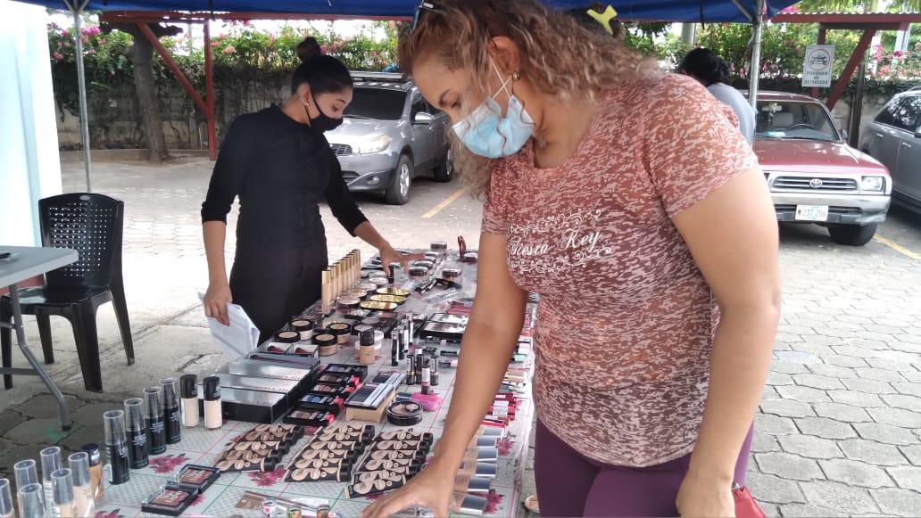 Feria de cosméticos en Merconica, descuentos hasta el 70%