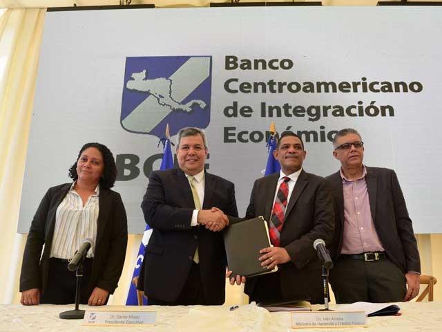 BCIE aprueba a Nicaragua dos financiamientos por U$154 millones para salud y energía