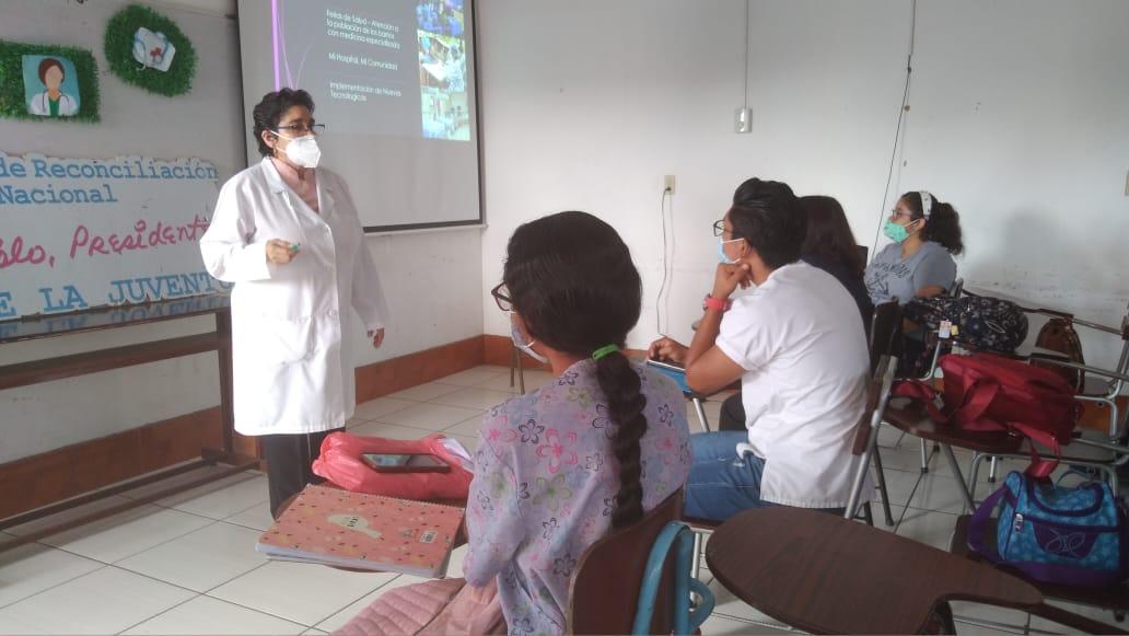 Estudiantes conocen sobre salud preventiva, gratuita y calidad en Nicaragua