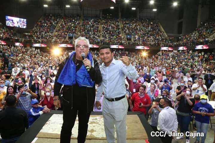 Todo un éxito fue el concierto cristiano con Danny Berríos