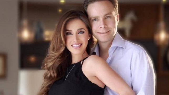 Anahí felicita a su esposo por su aniversario de bodas