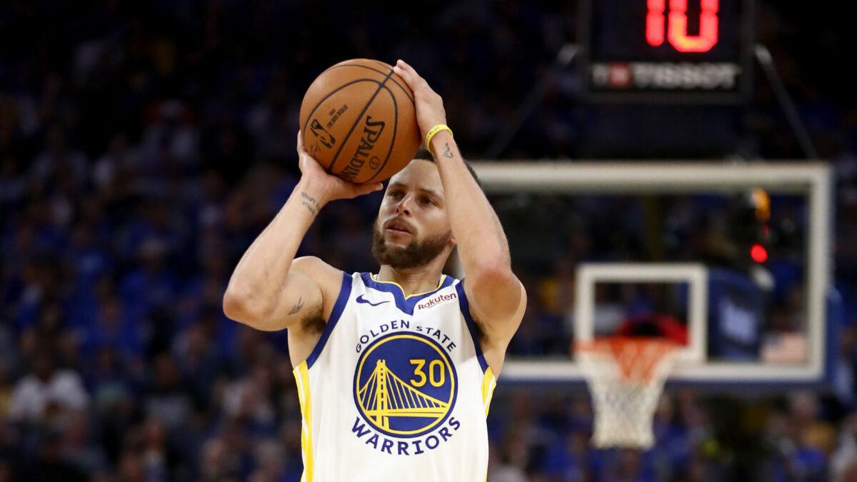 Stephen Curry es el líder anotador en la historia de los Golden State Warriors