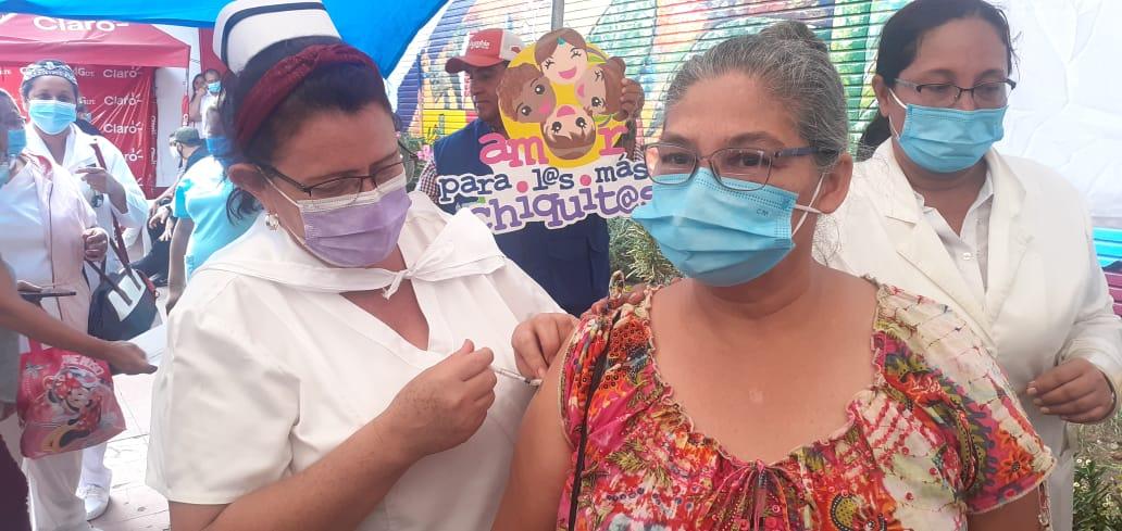 Carazo inicia jornada de vacunación