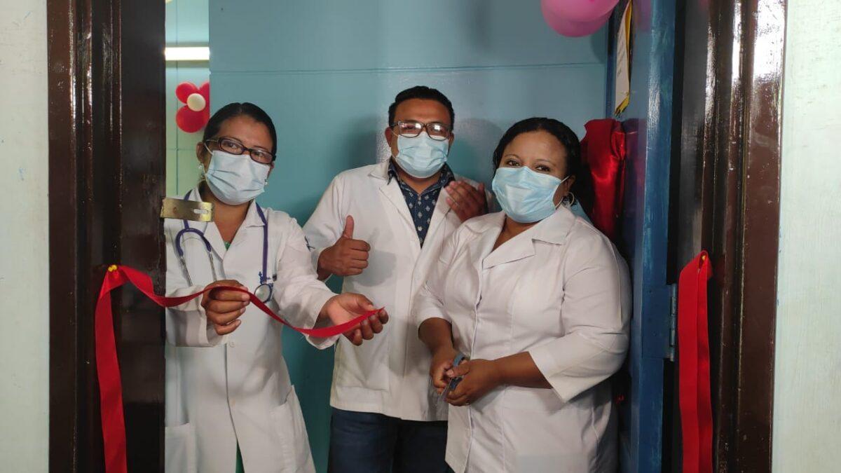 Inauguran clínica de atención integral en el Centro de Salud Edgard Lang