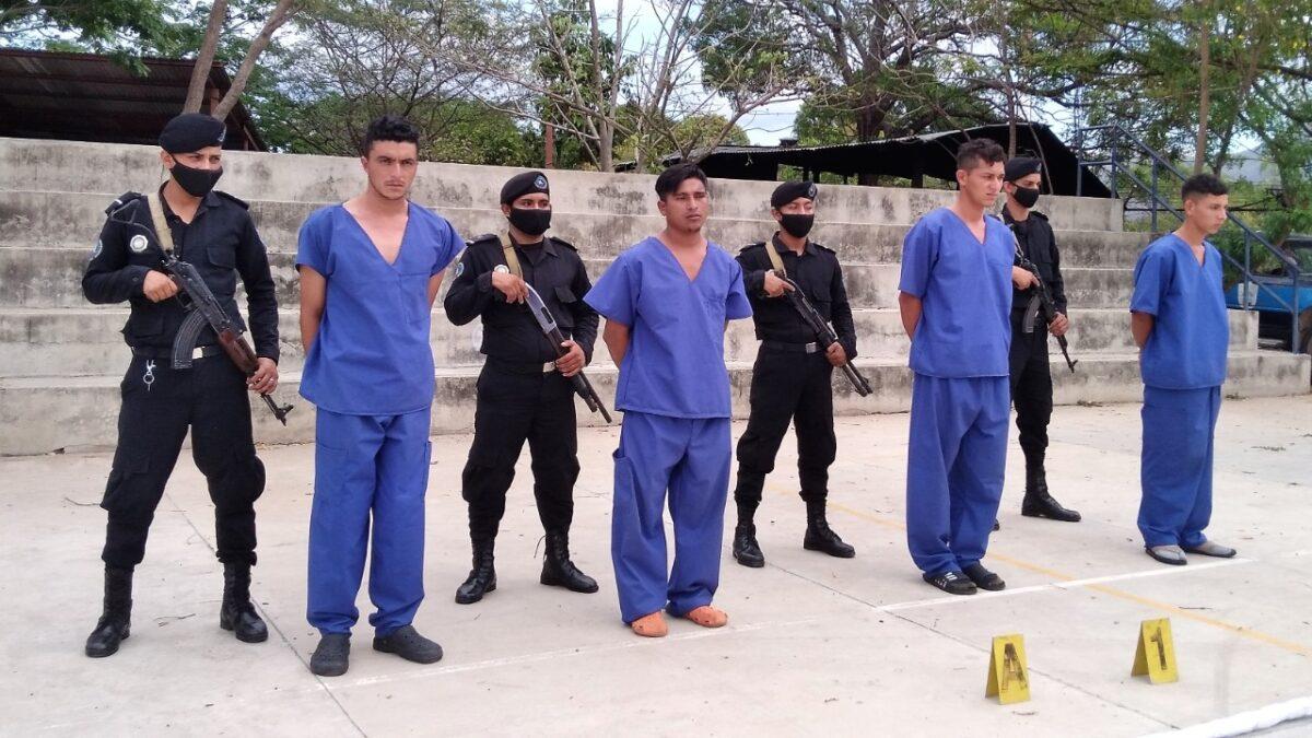Policía Nacional captura a presuntos autores de la muerte a garrotazos de un ciudadano de Murra