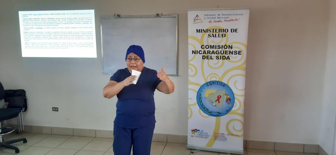 Promueven nutrición adecuada para pacientes con VIH