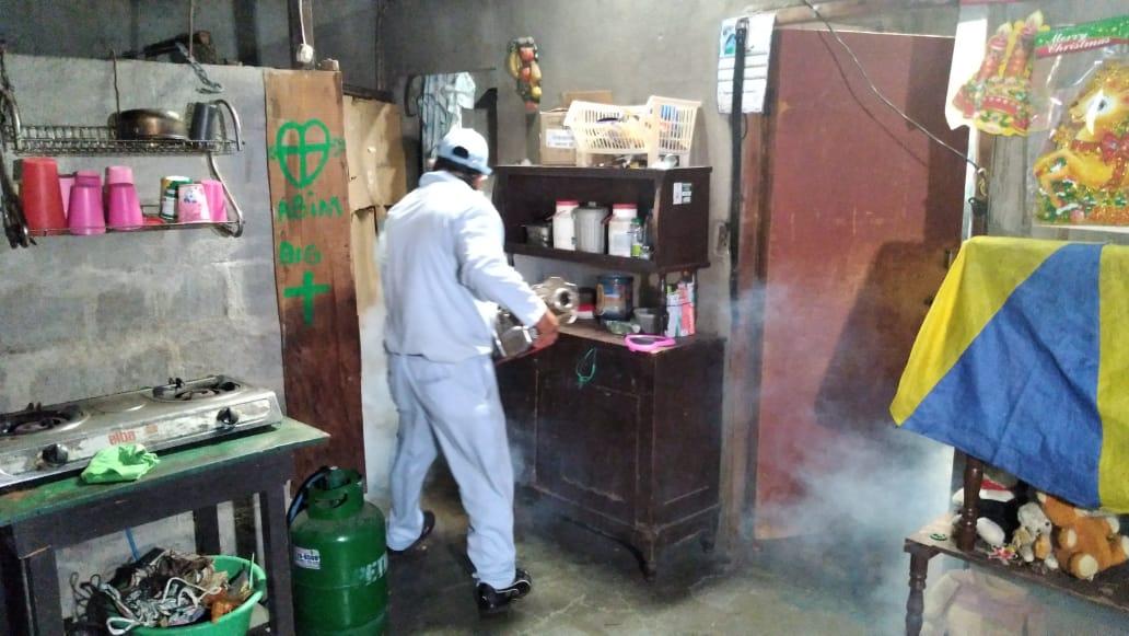 Fumigan y aplican Larvicida BTI en el barrio José Benito Escobar