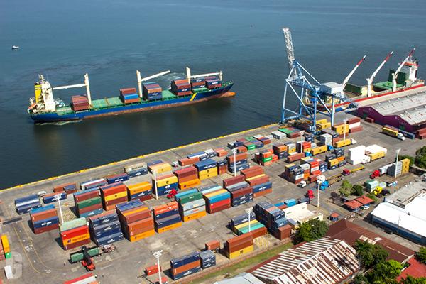 Importación y exportación de alimentos y artículos varios, registra buen comportamiento